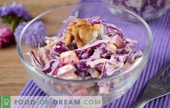 Sarkanie kāpostu salāti - spilgti, garšīgi, vitamīni! Kā ātri pagatavot sarkano kāpostu salātus ar pipariem, kukurūzu, desu un olām