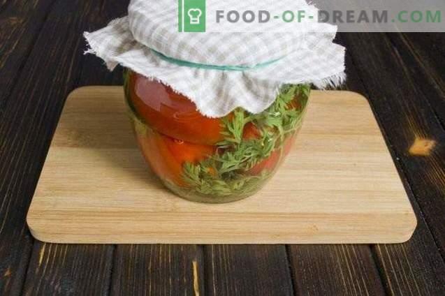 Marinēti tomāti ar burkāniem