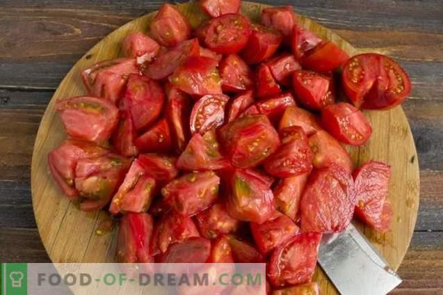 jus de tomates fait maison dans un mélangeur