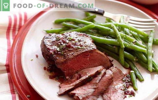 Gaļa vīnā ir lielisks ēdiens uz galda! Receptes apbrīnojamo vīnu gaļu ar žāvētām plūmēm, sēnēm, medu, kartupeļiem, ananāsiem