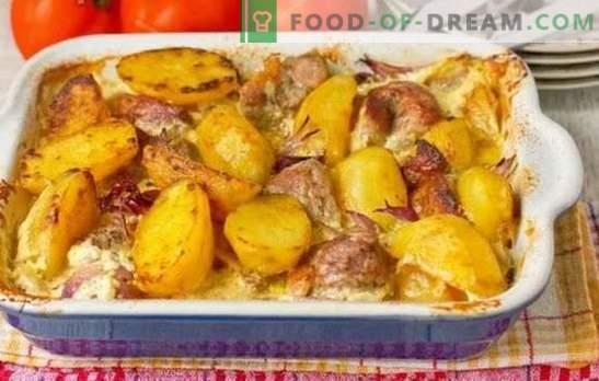 Mājas cūkgaļa ar kartupeļiem ir ļoti vienkārša. Ceptiem, sautētiem un ceptiem cūkgaļas ēdieniem mājās ar kartupeļiem