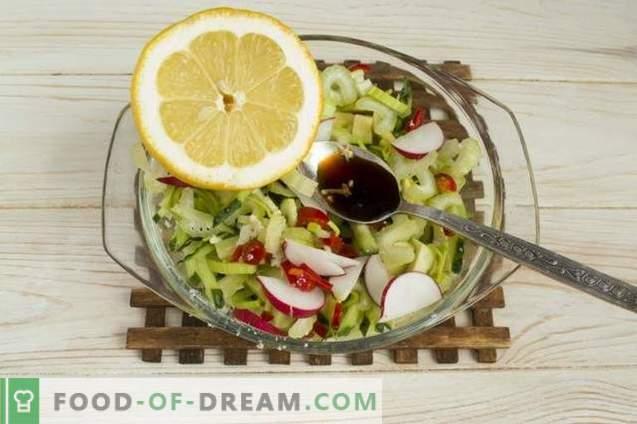Jūras produktu salāti ar avokado, gurķi un olām