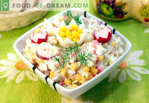 Salāti ar krabju gaļu - piecas labākās receptes. Kā pareizi un garšīgi pagatavot salātus ar krabju gaļu.