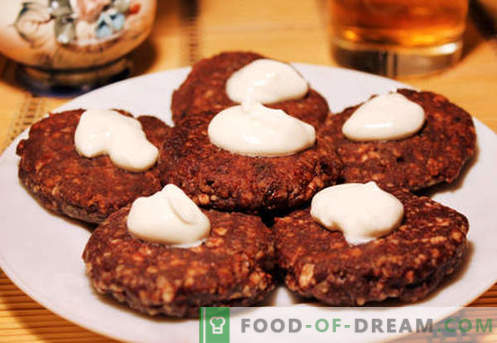 biezpienmaizītes - klasika, ar mannas putraimi, sulīgs, krāsnī - labākās receptes. Kā tos pagatavot