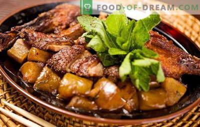 Kā pagatavot pīli ar kartupeļiem krāsnī? Ļoti garšīgas pīles receptes ar kartupeļiem krāsnī, ne tikai brīvdienās