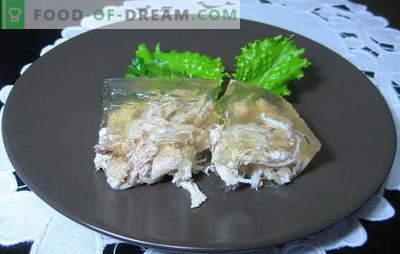 Chicken Feet Chowder is een budget snack optie. Kippootrecepten: met rund, kalkoen en kip