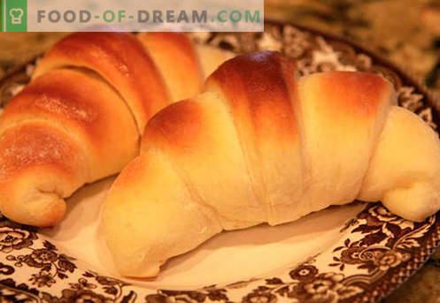 Labākās receptes ir rauga bageles (izgatavotas no rauga mīklas). Kā pareizi un garšīgi pagatavot rauga bageles.