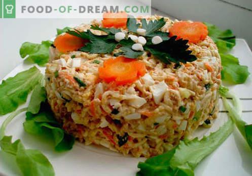 Sałatka z dorsza - sprawdzone receptury. Jak gotować sałatkę z dorsza?