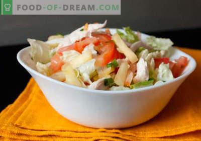Salāti ar konservētiem ananāsiem - labākās receptes. Kā pareizi un garšīgi sagatavot salātus ar konservētiem ananāsiem.