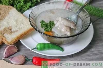 Cūkgaļas želejas želeja - barojošs, barojošs un garšīgs ēdiens
