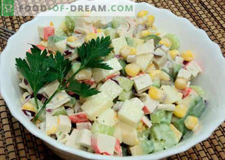 Salāti ar avokado un krabju nūjiņām - labākās receptes. Kā pareizi un garšīgi sagatavot avokado un krabju nūjiņu salātus.